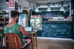 Freelancing বা মুক্ত পেশায়ার মাধ্যমে আপনি আপনার ক্যারিয়ার গড়তে পারেনঃ-How to Earn Money Online in Bangladesh